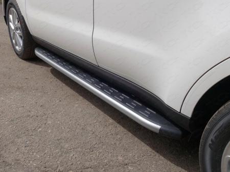 Kia Soul 2017-Пороги алюминиевые с пластиковой накладкой (карбон серебро) 1720 мм
